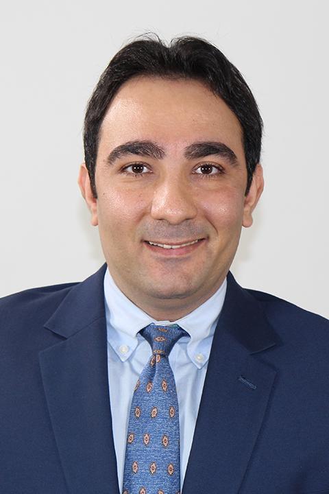 Mohamad Darayi headshot