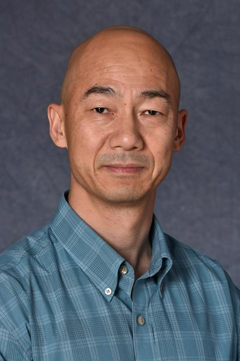 Walter Wang headshot