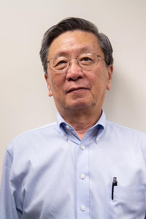 Yong Kim headshot